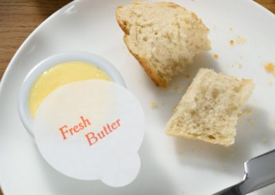 Paper disc to cover butter